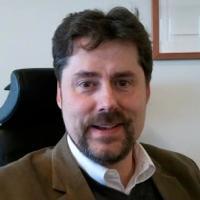 """Mathias Kos, affärsutvecklare på Atea samt en av föreläsarna på Institutet för informationsteknologis tvådagarsutbildnings """"Licensavtal"""". - 3819284742"""